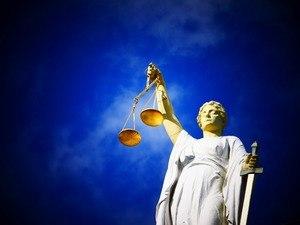 Maria Palliu Studii Finantate UK Universitati Anglia Londra Law & Criminology